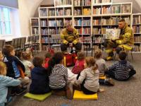 Cała Góra czyta Dzieciom istrażacy