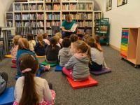 Lekcja biblioteczna omisiu polarnym